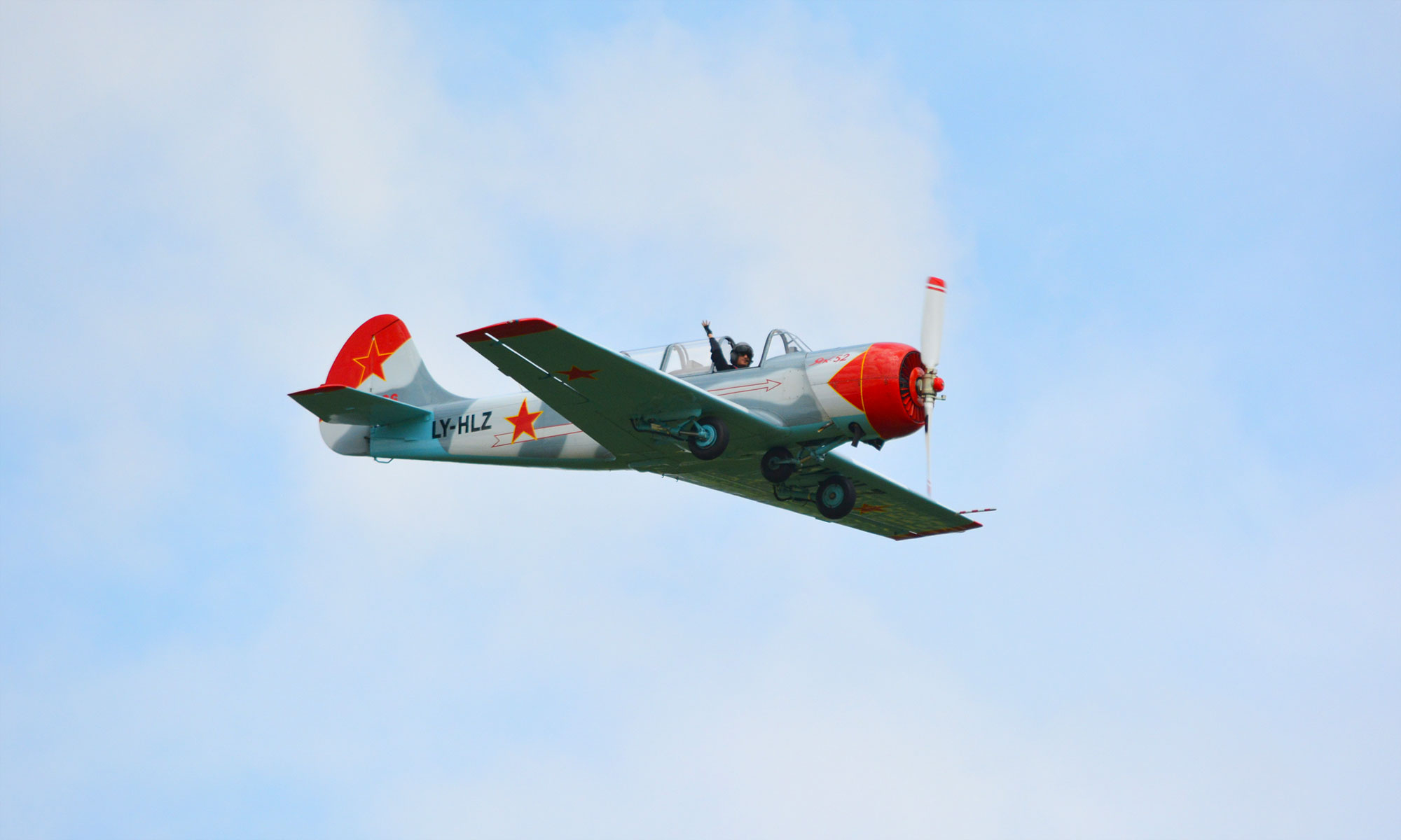Foto einer Jakolew Jak-52, Flugzeug Urs Ulrich